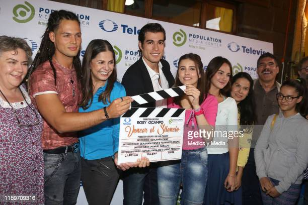 Beatriz Moreno Emmanuel Palomares Rosy Ocampo Danilo Carrera Paulina Goto Jade Fraser Arcelia Ramírez and Alberto Estrella poses for photos during...