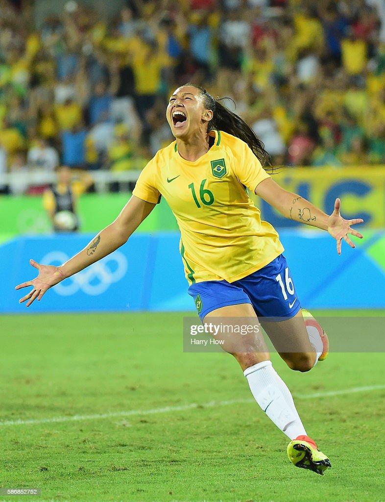 Brazil v Sweden - Women's Football - Olympics: Day 1 : News Photo