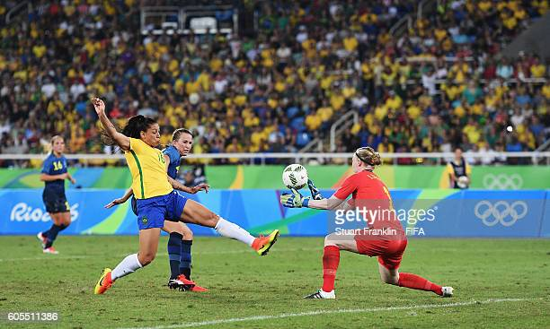 Beatriz of Brazil scores her goal during the Olympic Women's Football match between Brazil and Sweden at Olympic Stadium on August 6 2016 in Rio de...