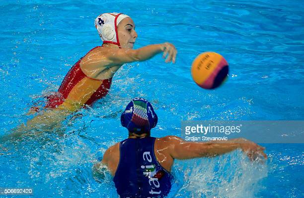 Beatriz Ortiz of Spain in action against Tania Di Mario of Italy during the Women's Bronze Medal match between Spain and Italy at the Waterpolo...