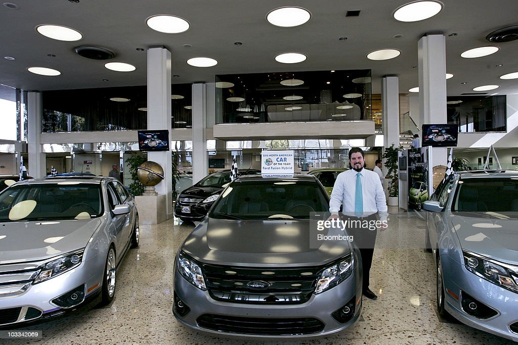 Dealerships Beg For Cars Amid Automakers\' Newfound Discipline Photos ...