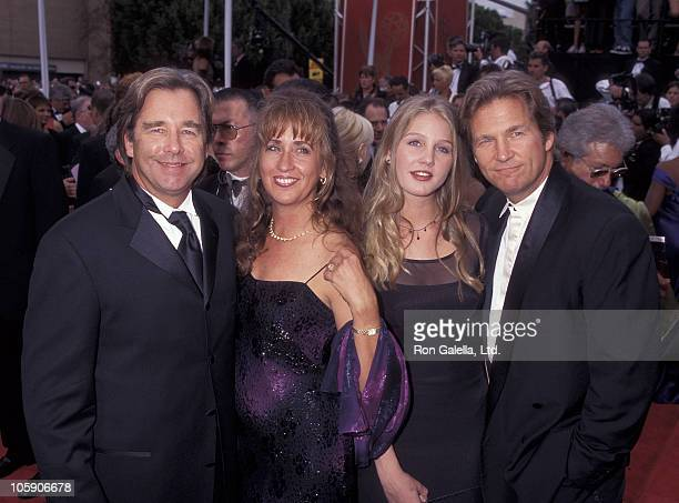 Beau Bridges Wendy Treece Bridges Isabelle Bridges and Jeff Bridges