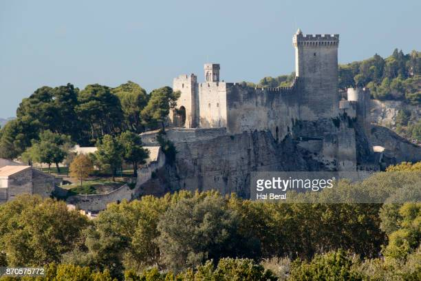 beaucaire castle - ガール県 ストックフォトと画像