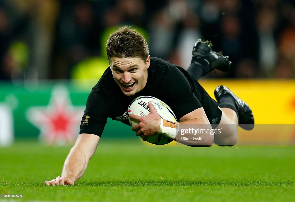 Beauden Barrett of New Zealand dives over the line to score his team's third try during the 2015 Rugby World Cup Final match between New Zealand and Australia at Twickenham Stadium on October 31, 2015 in London, United Kingdom.