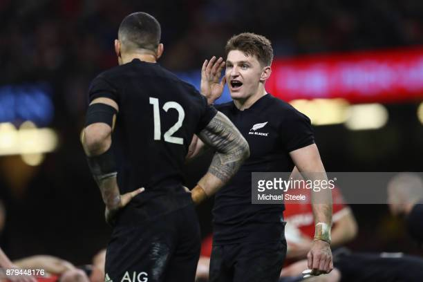 Beauden Barrett of New Zealand issues instructions to Sonny Bill Williams during the International match between Wales and New Zealand at...