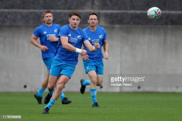 Beauden Barrett of the All Blacks runs through drills during the New Zealand Captain's Run at Jissoji Tamokuteki Ground on October 01, 2019 in Beppu,...