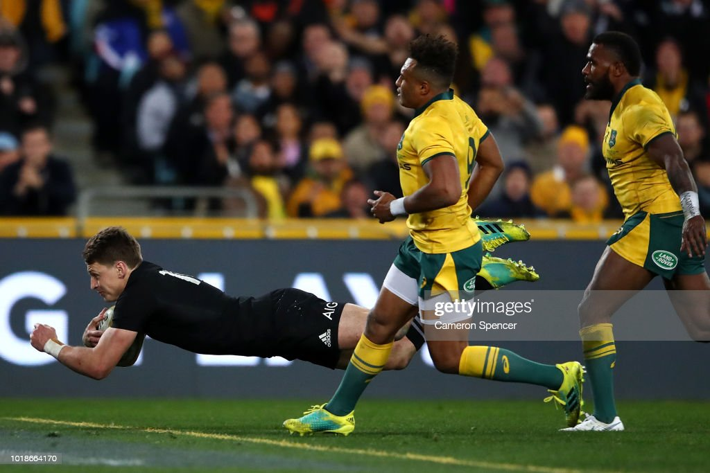 Beauden Barrett of the All Blacks scores a try during The Rugby Championship Bledisloe Cup match between the Australian Wallabies and the New Zealand All Blacks at ANZ Stadium on August 18, 2018 in Sydney, Australia.
