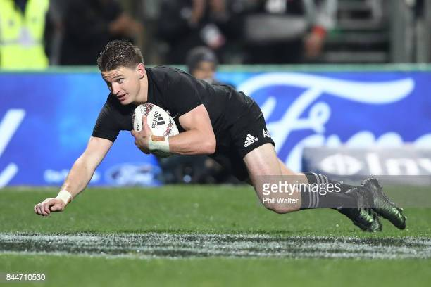 Beauden Barrett of the All Blacks scores a try during The Rugby Championship match between the New Zealand All Blacks and Argentina at Yarrow Stadium...