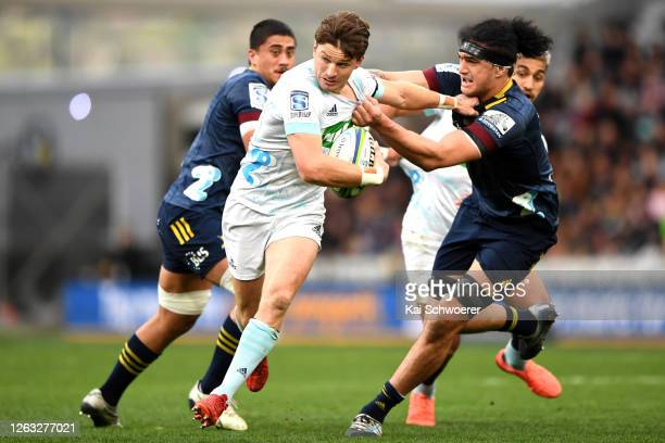 Beauden Barrett of the Blues charges forward during the round 8 Super Rugby Aotearoa match between the Highlanders and the Blues at Forsyth Barr...