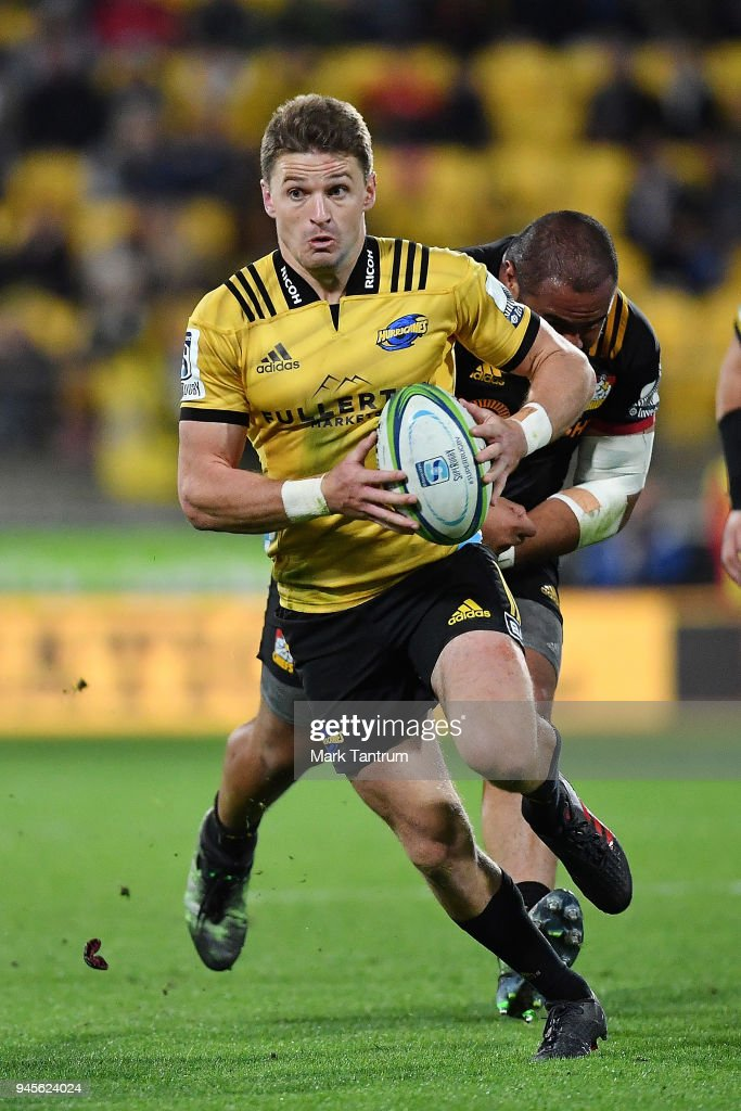 Beauden Barrett of the Hurricanes makes a run during the round nine Super Rugby match between the Hurricanes and the Chiefs at Westpac Stadium on April 13, 2018 in Wellington, New Zealand.