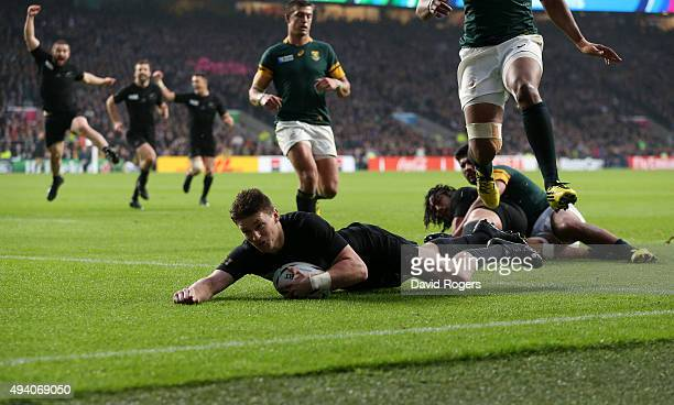 Beauden Barrett of the New Zealand All Blacks scores the second New Zealand try during the 2015 Rugby World Cup Semi Final match between South Africa...
