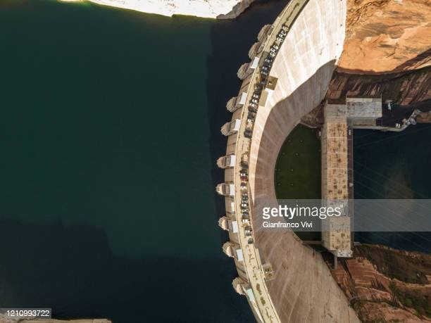 beautiful aerial view of glen canyon dam - dam stock pictures, royalty-free photos & images