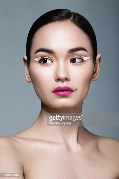 beautiful asian woman - pintalabios rosa fotografías e imágenes de stock