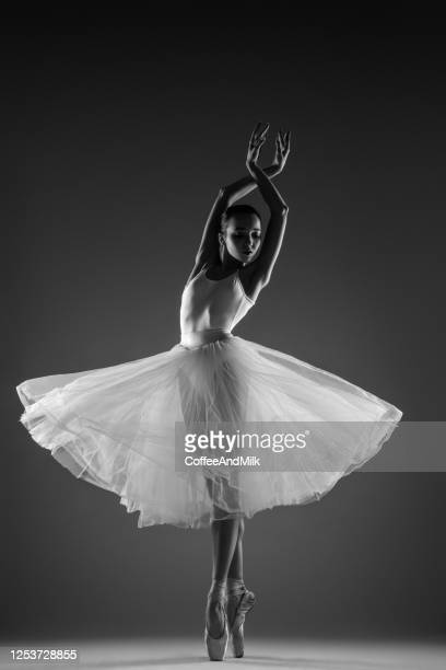 beautiful ballet dancer - ballet dancer stock pictures, royalty-free photos & images