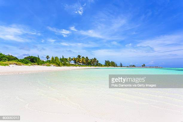 Beautiful beach in Bahamas, caribbean ocean and idyllic islands in a sunny day