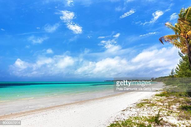 Beautiful beach in Bahamas, caribbean ocean and idyllic islands in a sunny day