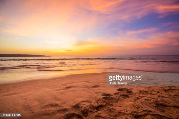 beautiful beach scenery with calm waves - high dynamic range imaging stock pictures, royalty-free photos & images
