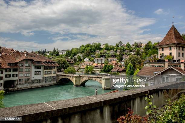 beautiful bern old town and aare river on a sunny day - bern stock pictures, royalty-free photos & images