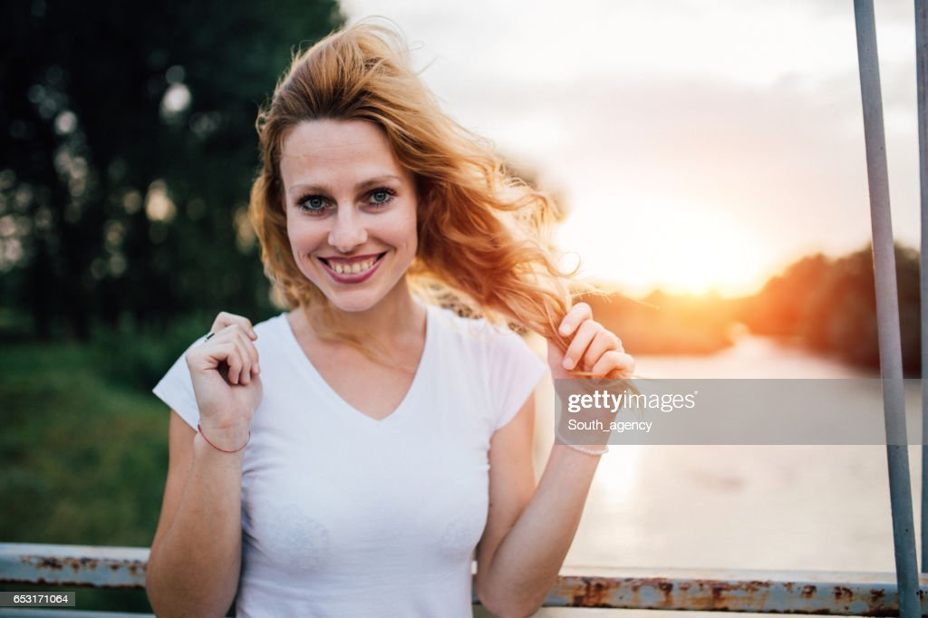 Beautiful blonde smiling : Stock Photo