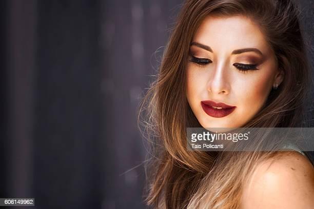 Beautiful blonde woman smiling - perfect make up