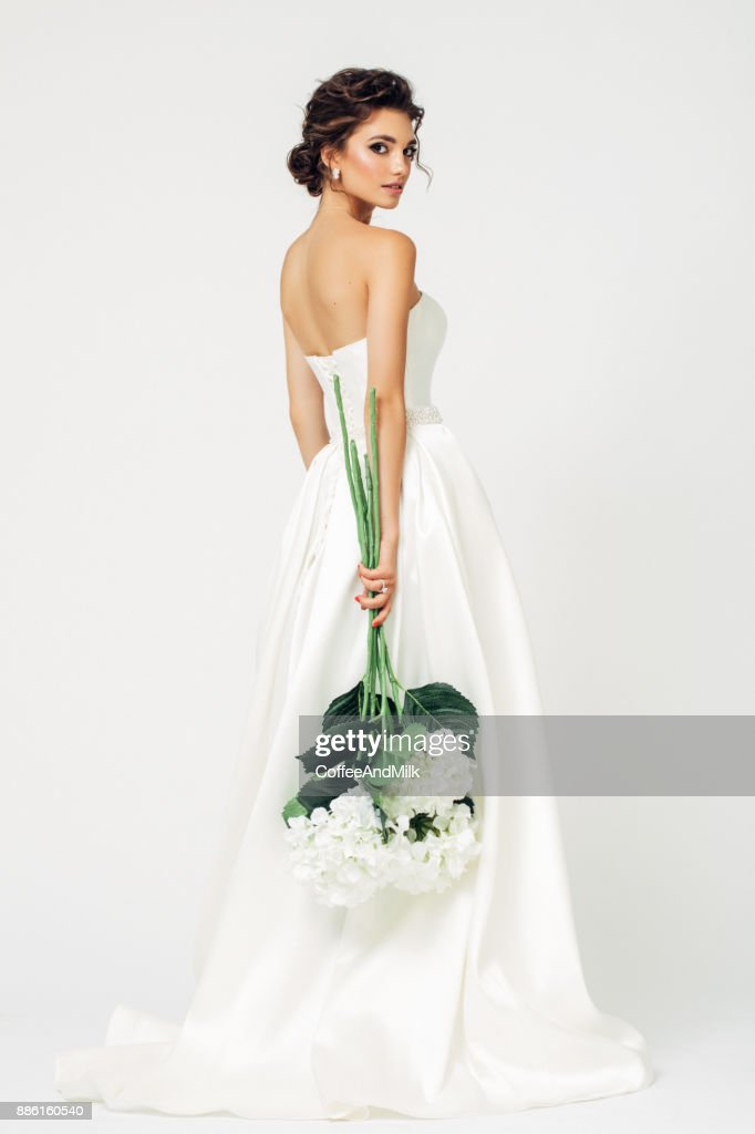 Beautiful bride : Stock Photo