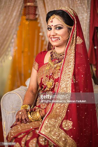 a beautiful bride with jewelries - bangladeshi bride stock photos and pictures