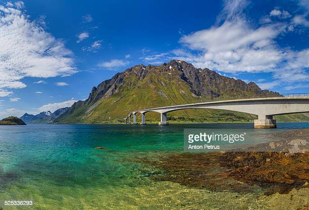 beautiful bridge on the island. - anton petrus stock pictures, royalty-free photos & images