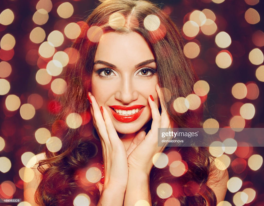 Beautiful brunette woman : Stock Photo
