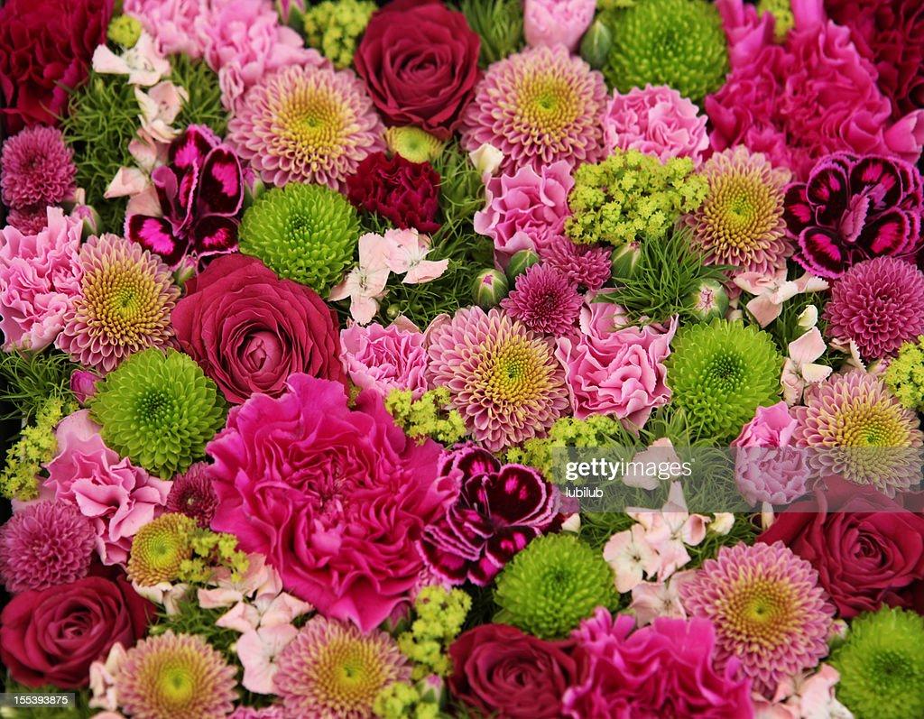 Beau bouquet de fleurs color es photo getty images for Beau bouquet de fleurs