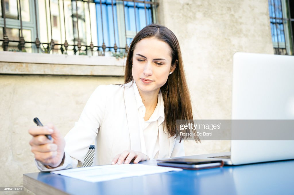 Beautiful Businesswoman Signing Contract : Stock Photo