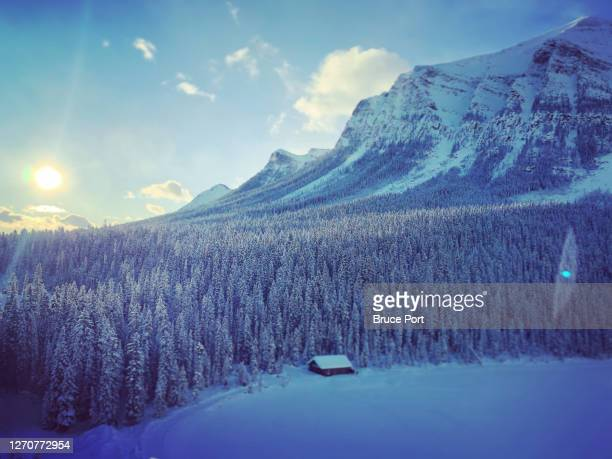 beautiful but cold morning - canada stock pictures, royalty-free photos & images
