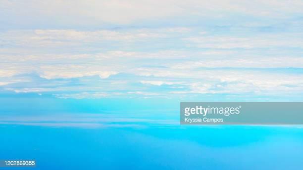 beautiful clouds background - inquadratura da un aereo foto e immagini stock