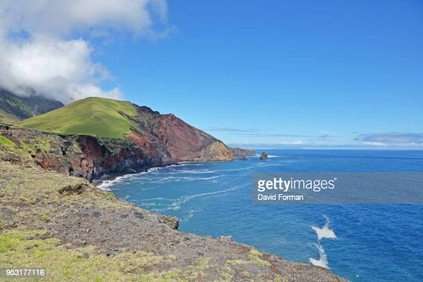 beautiful coastline on west side of tristan da cunha. - tristan da cunha eiland stockfoto's en -beelden