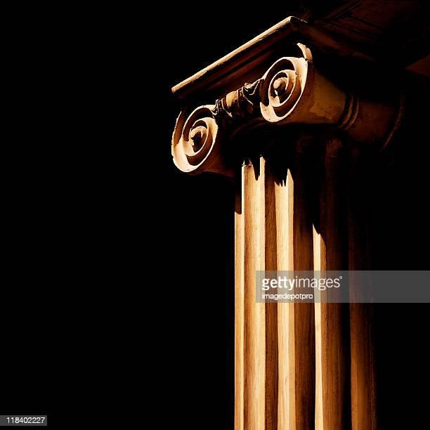 美しい柱の細部