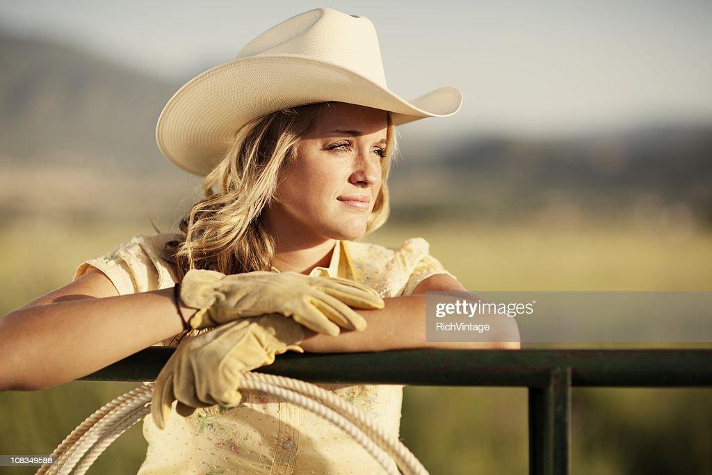 nude pretty girls cowgirl