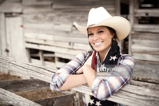 beautiful cowgirl - cowboy hat stock pictures, royalty-free photos & images