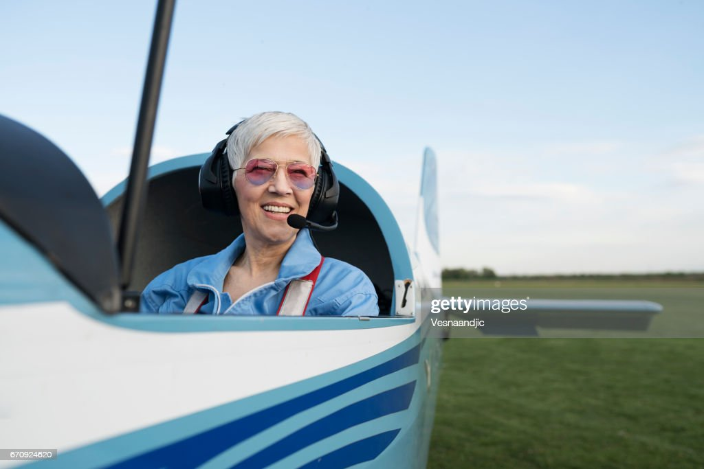 Beautiful day for flying : Stock Photo