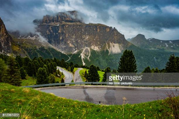 美しいドロミテの山々