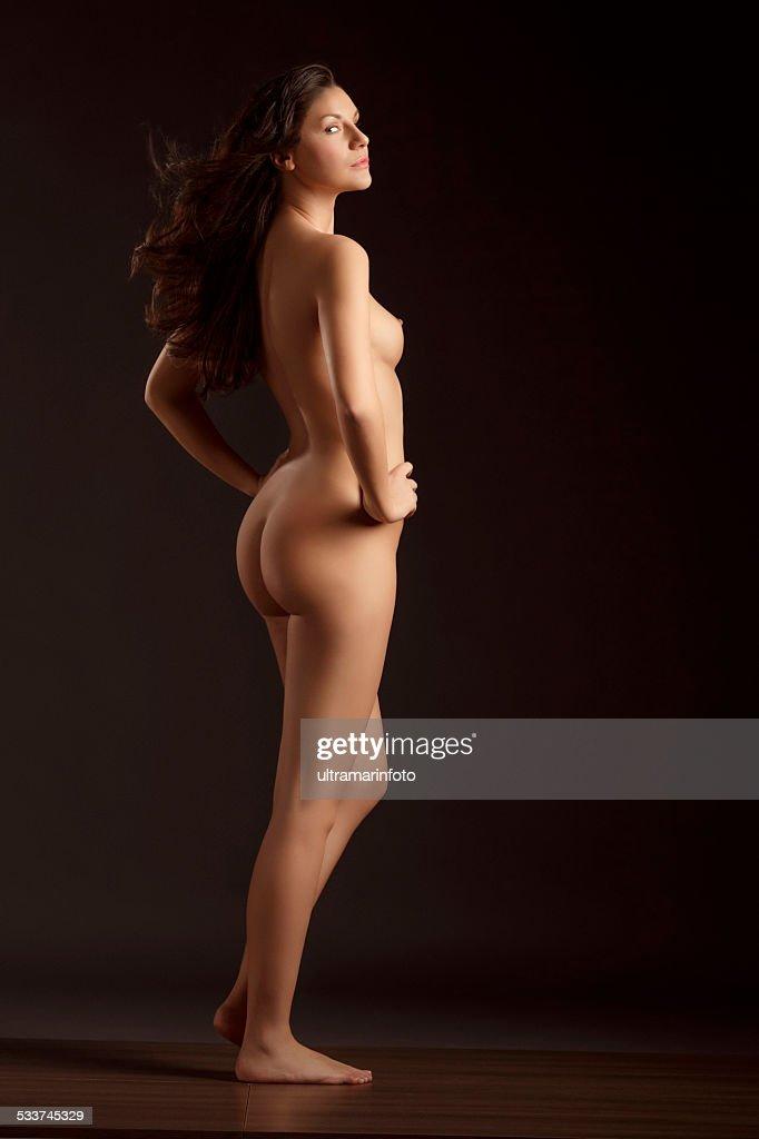 Gerous nake women