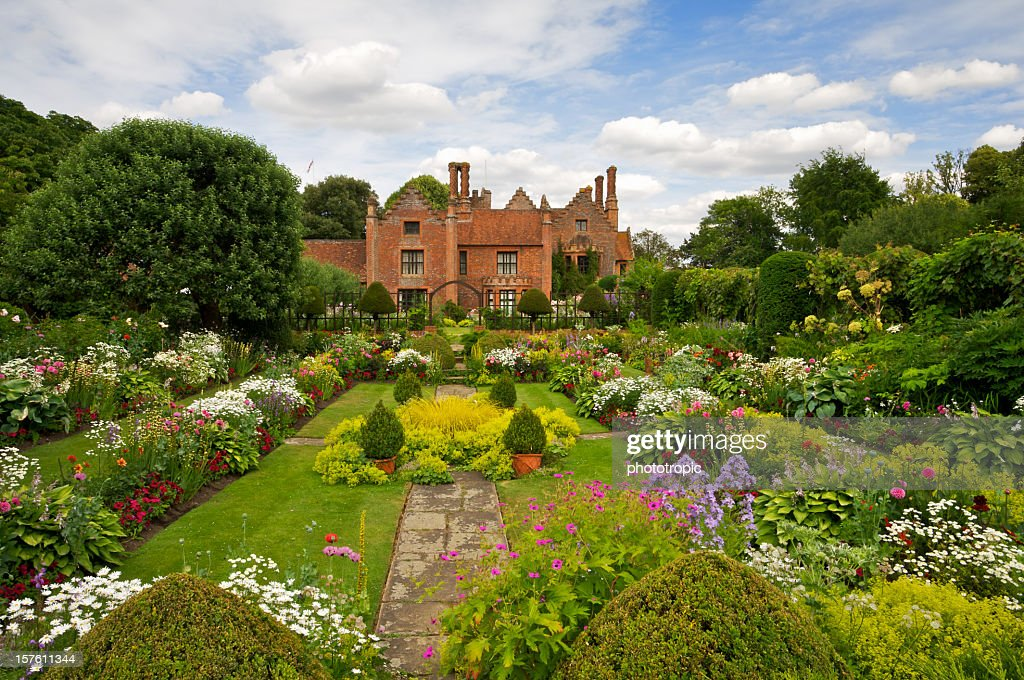 Beautiful English Garden : Stock Photo