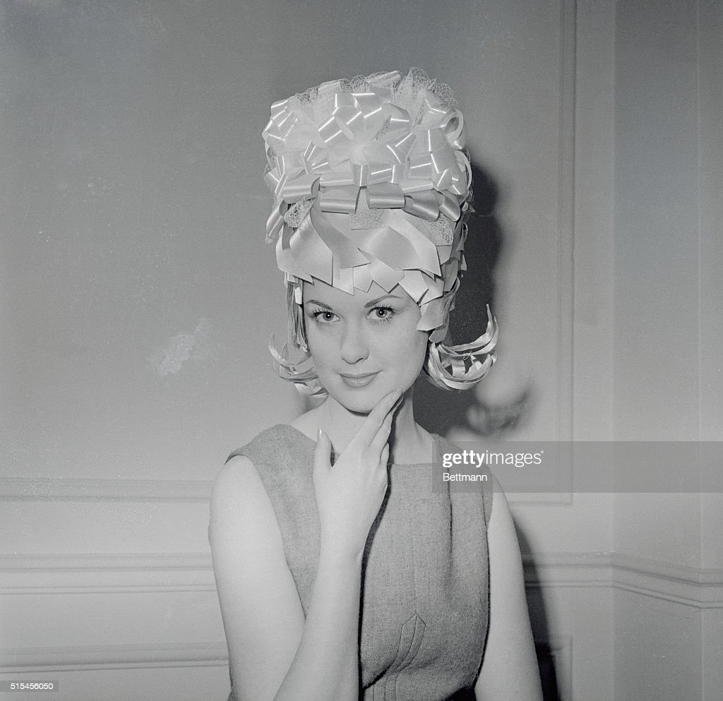 nicky allen modeling asymmetrical hairstyle pictures | getty images