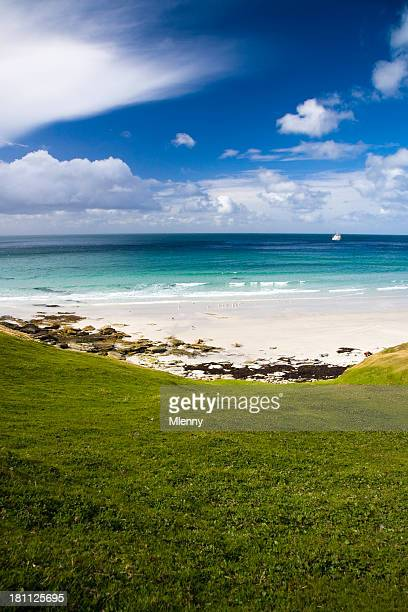 beautiful falklands beach - mlenny stock pictures, royalty-free photos & images