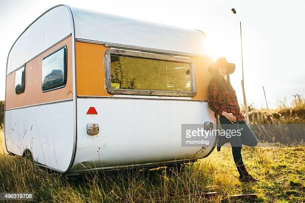 Beaux yeux de femme sur la route des caravanes
