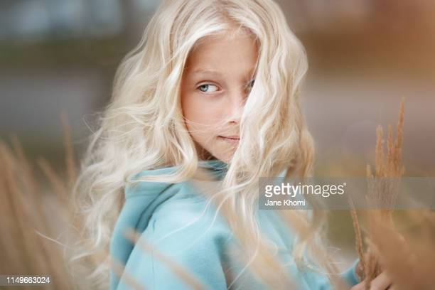 beautiful girl exploring nature - albino stock pictures, royalty-free photos & images