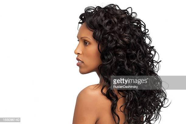 Belle santé long cheveux bouclés.
