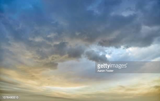 beautiful hi rez sky - nublado - fotografias e filmes do acervo