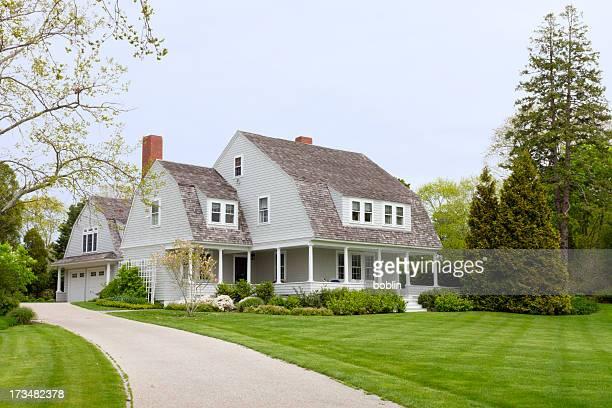 美しい家 - ニューイングランド ストックフォトと画像