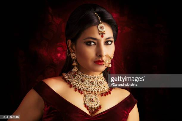 beautiful indian traditional bride portrait - beautiful east indian women stock pictures, royalty-free photos & images