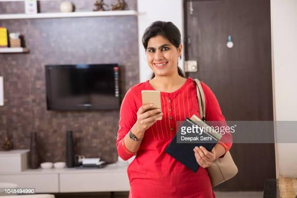 beautiful indian woman portrait - stock image - salwar kameez stock pictures, royalty-free photos & images