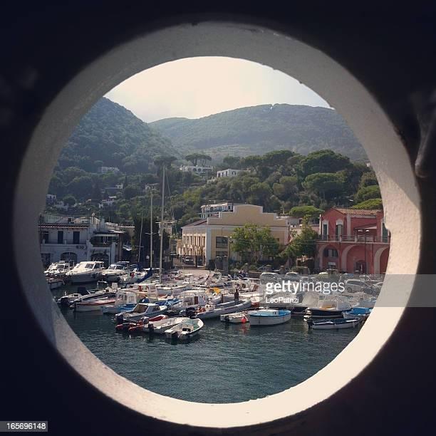 Magnifique port italien de Ischia